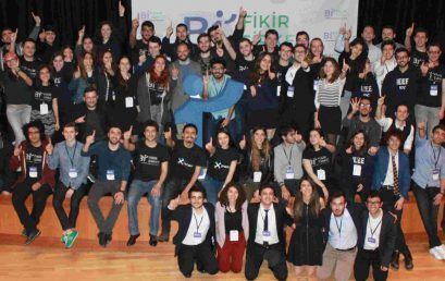 Koç Üniversitesi IEEE Öğrenci Topluluğu  Platin Level Darrel Chong Öğrenci Ödülü'nün Sahibi Oldu